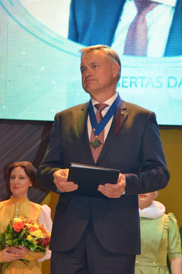 Apdovanojamas Robertas Dargis_1